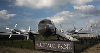 Luxe Hotel Suites Airplane Teuge, Netherlands